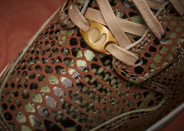 nike-dunk-sky-high-year-of-the-snake-2