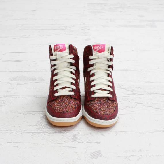 salomon sortie aero - Liberty x Nike Dunk Sky High Pink Force - Le Site de la Sneaker