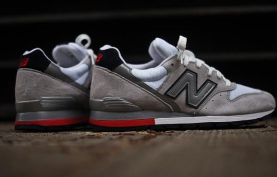 new-balance-996-grey-navy-red-1