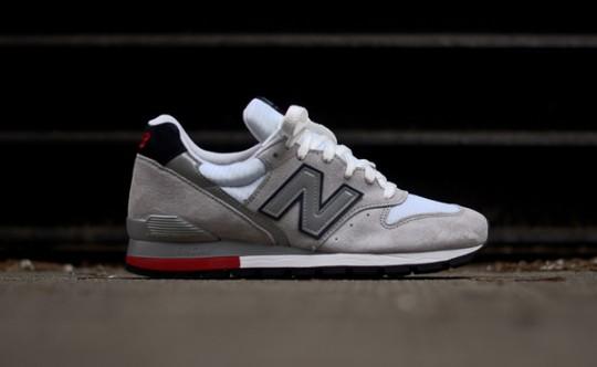 new-balance-996-grey-navy-red-2