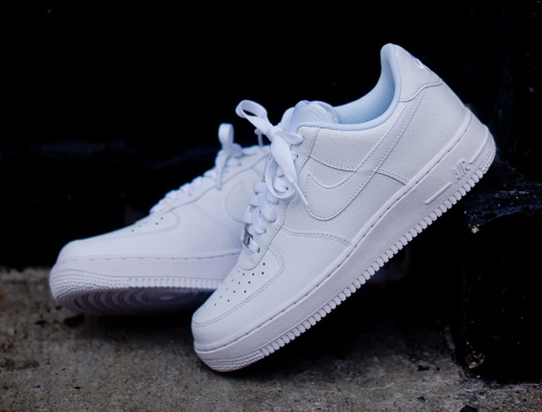 Nike Air Force 1 Low White Microperf Le Site de la Sneaker