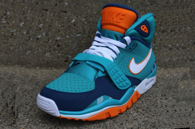 nike-air-trainer-sc-ii-qs-nfl-miami-dolphins-2