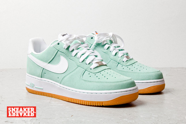 nike air force 1 low arctic green white gum le site de la sneaker. Black Bedroom Furniture Sets. Home Design Ideas