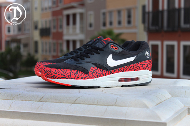 74420d0fdf21cc Nike Air Max 1 The 305 par Dank Customs ...