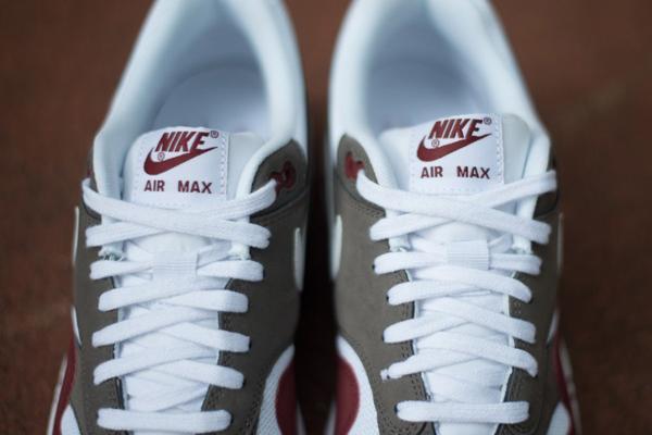 Nike Air Max 1 Essential Burgundy White Le Site de la Sneaker