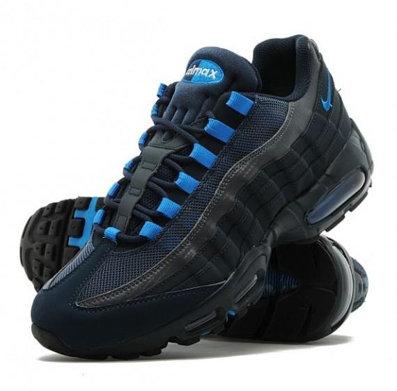 quality design da426 79e7d Nike Air Max 95 Armory Navy Blue - Le Site de la Sneaker