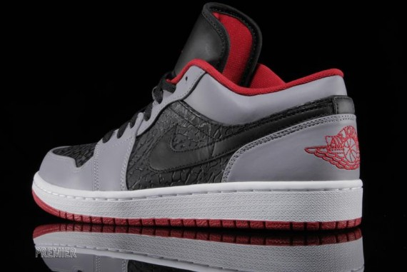 finest selection bb7e3 b6316 ... Elephant  Air Jordan 1 Low Black Gym Red Cement Grey - Le Site de la  Sneaker ...