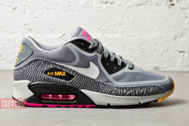 Nike Air Max 90 Tape