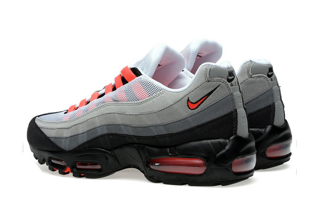 Nike Air Max 95; Style: 609048-106; Coloris: White-Solar Red
