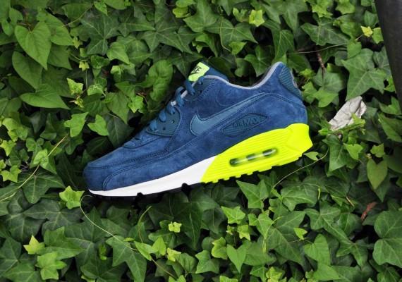 100% authentic 7737e 3f5ed Nike Air Max 90 Premium Night Factor