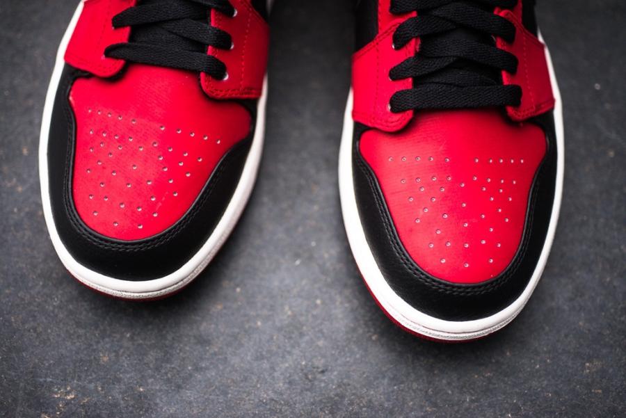 air jordan 1 mid red