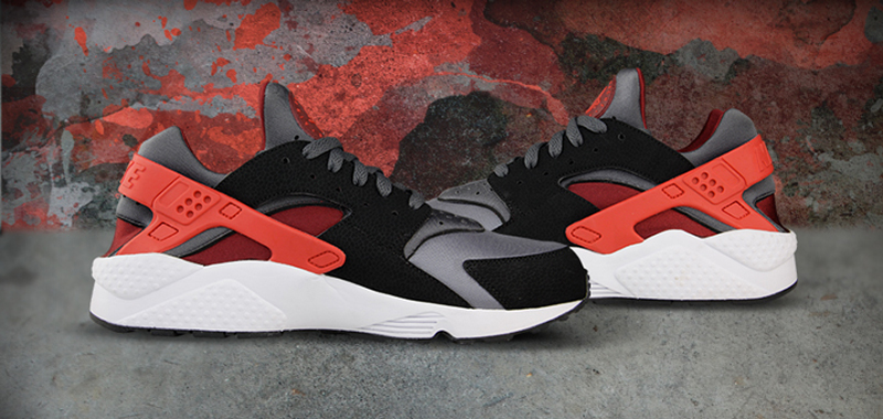 timeless design b270d c9fab Rare Nike Air Huarache Challenge Grey \u0027Dark Red-Black\u0027  Impeccable;