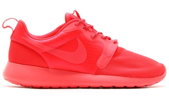 Nike Roshe Run Hyperfuse Red Le Site de la Sneaker