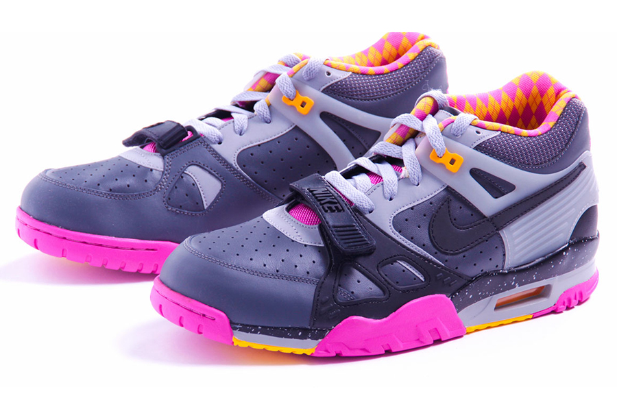 new arrivals 2abe7 15783 Nike Air Trainer III PRM Bo Knows Horse Racing