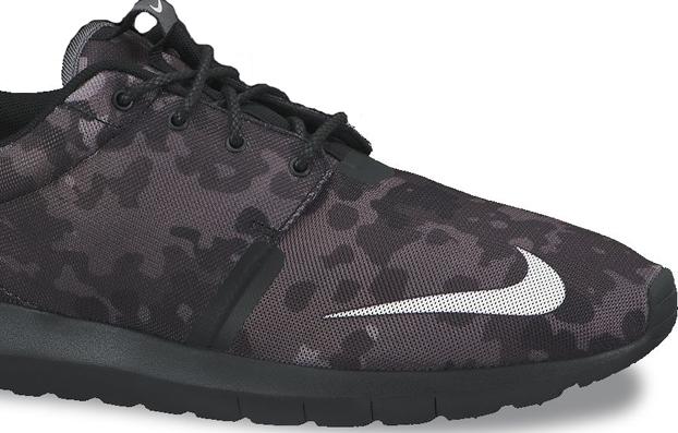 8221b44438 Nike Roshe Run NM FB Black Camo - Preview - Le Site de la Sneaker