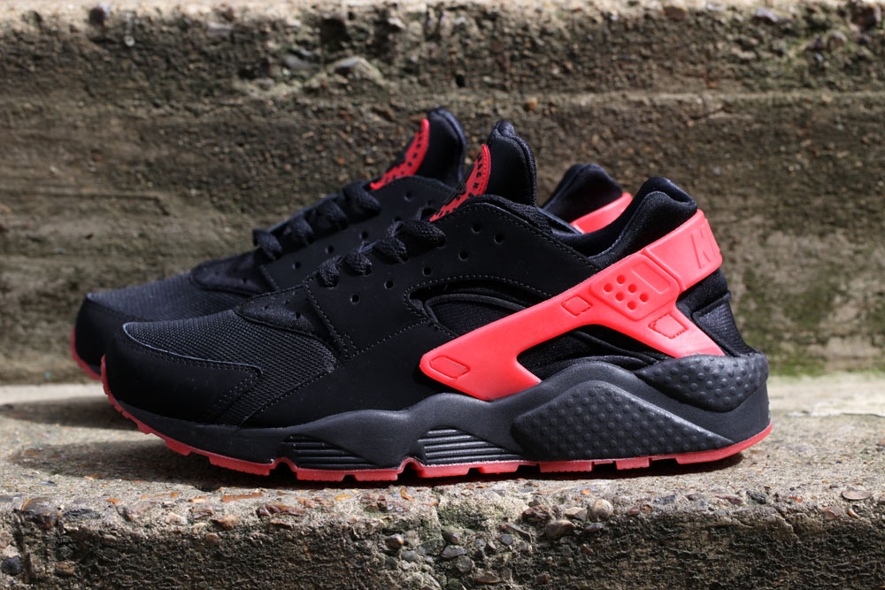 sale retailer a0e92 6bc04 nike-air-huarache-qs-black-red-love-hate