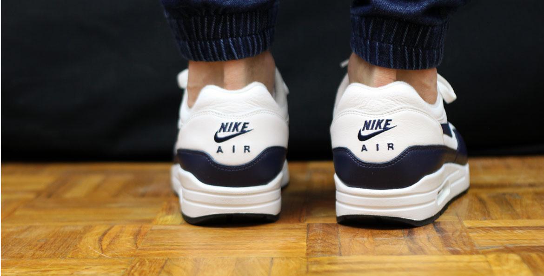 La Nike Air Max 1 LTR White Midnight Navy en détail Le