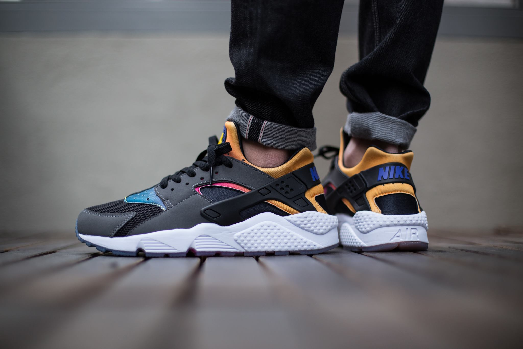 buy online 3d099 0981d Nike Air Huarache Black Grey Rainbow