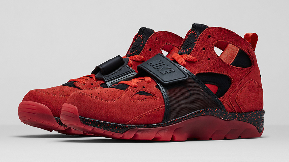 Nike Air Trainer Huarache PRM QS Love & Hate
