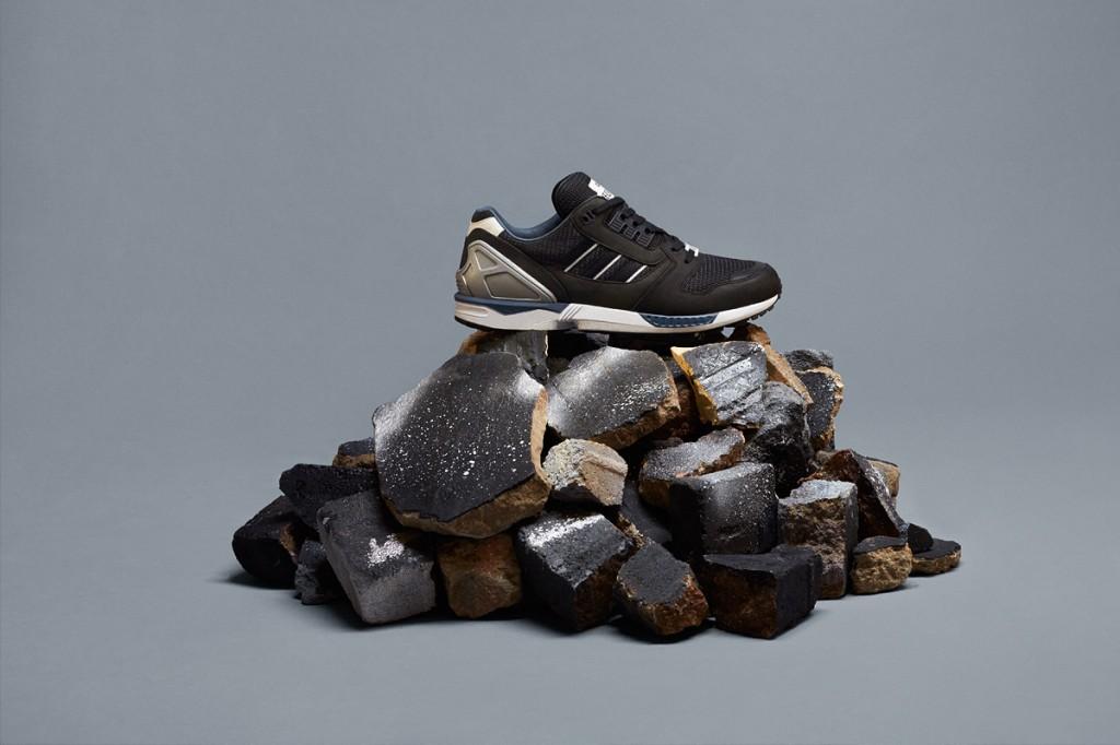 c61be4524 adidas Originals ZX 8000 Fall of the Wall - Le Site de la Sneaker