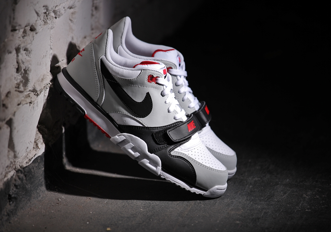 wide range great look look out for Nike Air Trainer 1 Low White Black Red - Le Site de la Sneaker