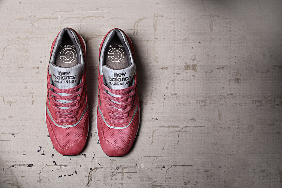 new balance rose sneakers