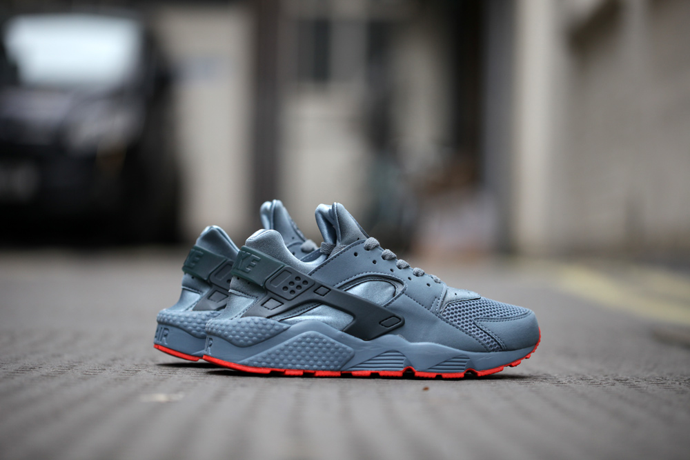 nike air huarache description