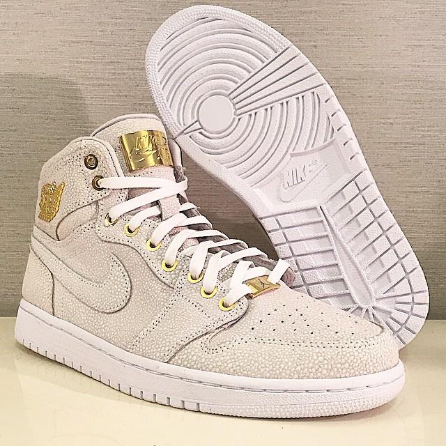 Air Pinnacle Sneaker Jordan White Gold La De Le Preview Site 1 XOwPZuTik