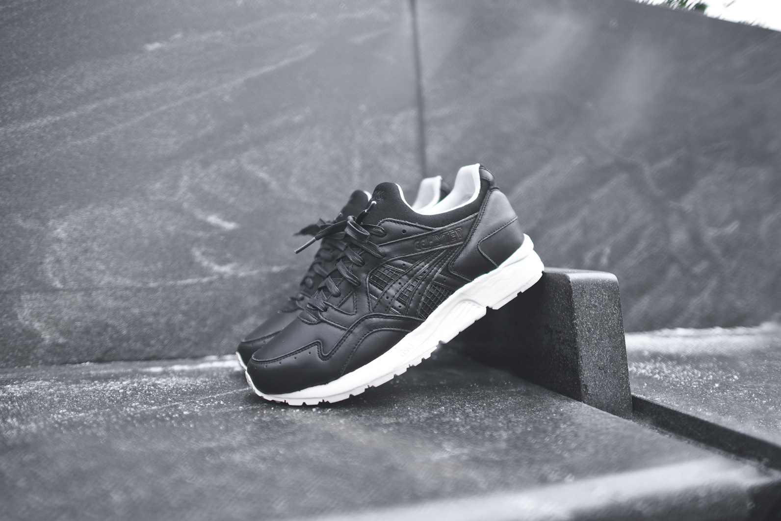 asics gel lyte v kith grand opening le site de la sneaker. Black Bedroom Furniture Sets. Home Design Ideas