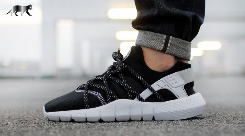 nike,huarache,nm,black,white,black