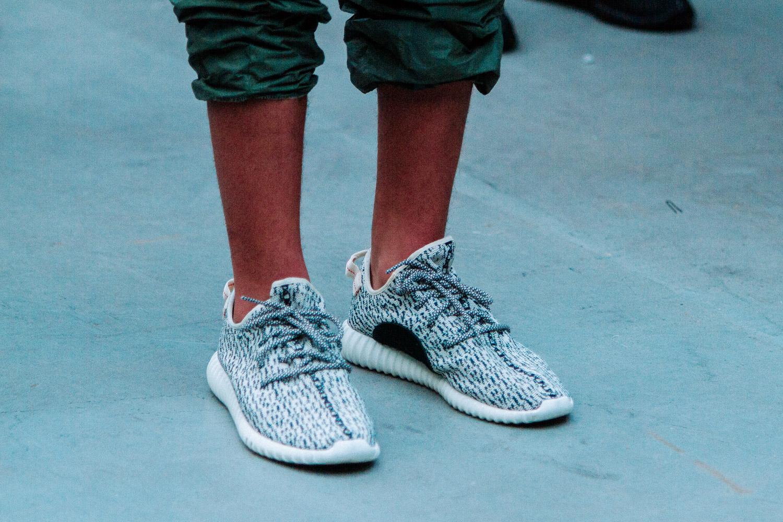 adidas yeezy low