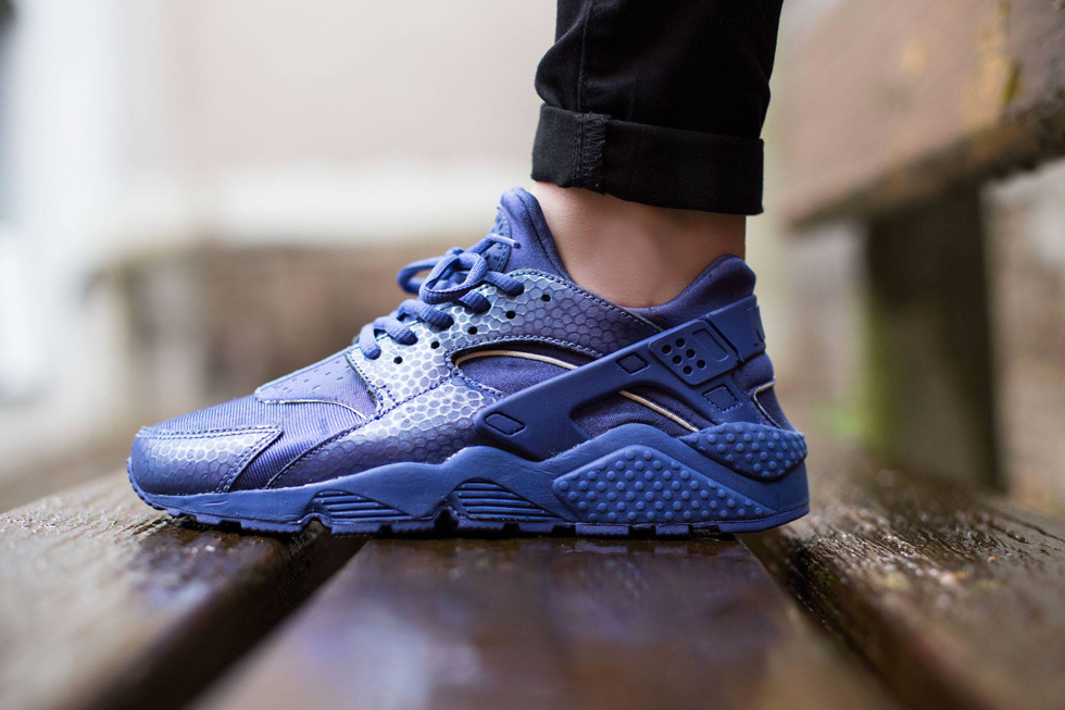 Nike WMNS Air Huarache PRM 'Blue Legend'