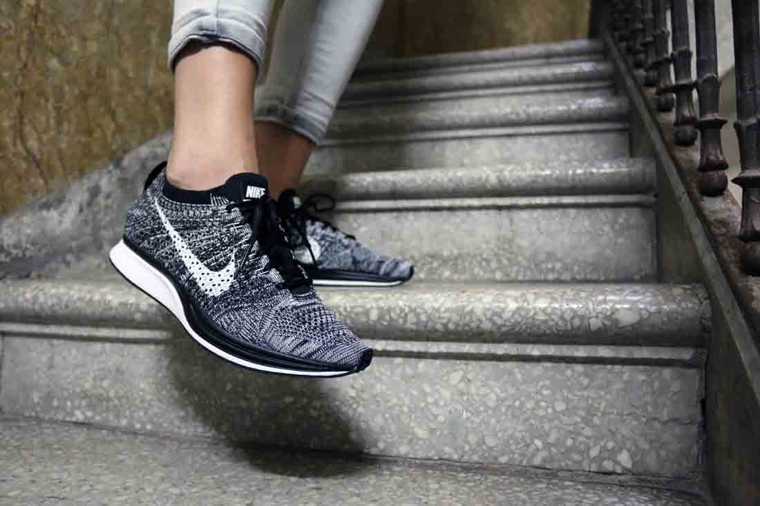 nike flyknit racer oreo 2 0 restock infos le site de la sneaker. Black Bedroom Furniture Sets. Home Design Ideas
