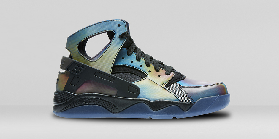 nike-air-flight-huarache-quai-54-686203-900-
