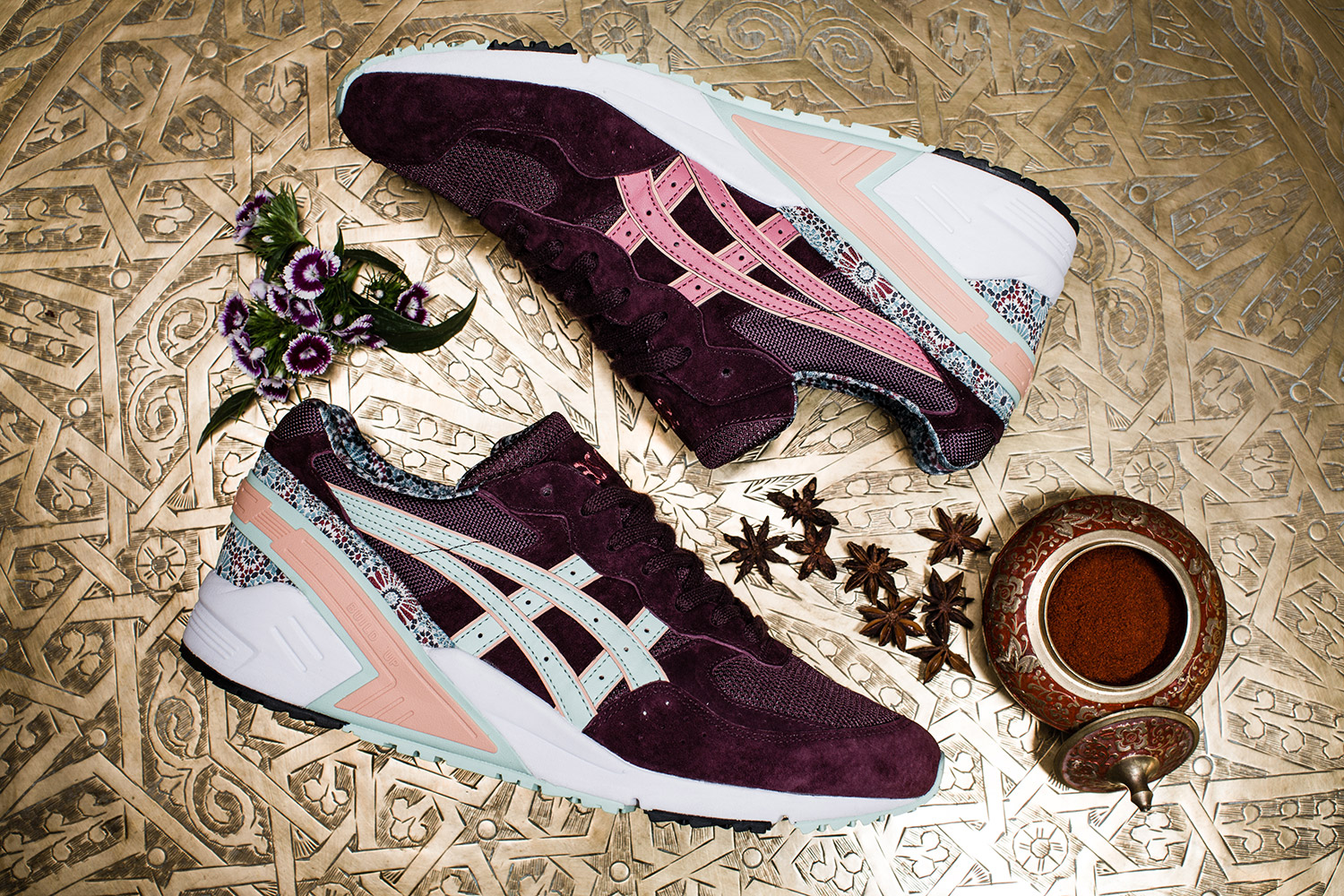 overkill x asics gel sight desert rose le site de la sneaker. Black Bedroom Furniture Sets. Home Design Ideas
