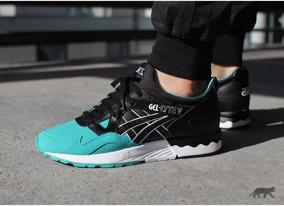asics gel lyte v latigo bay le site de la sneaker. Black Bedroom Furniture Sets. Home Design Ideas