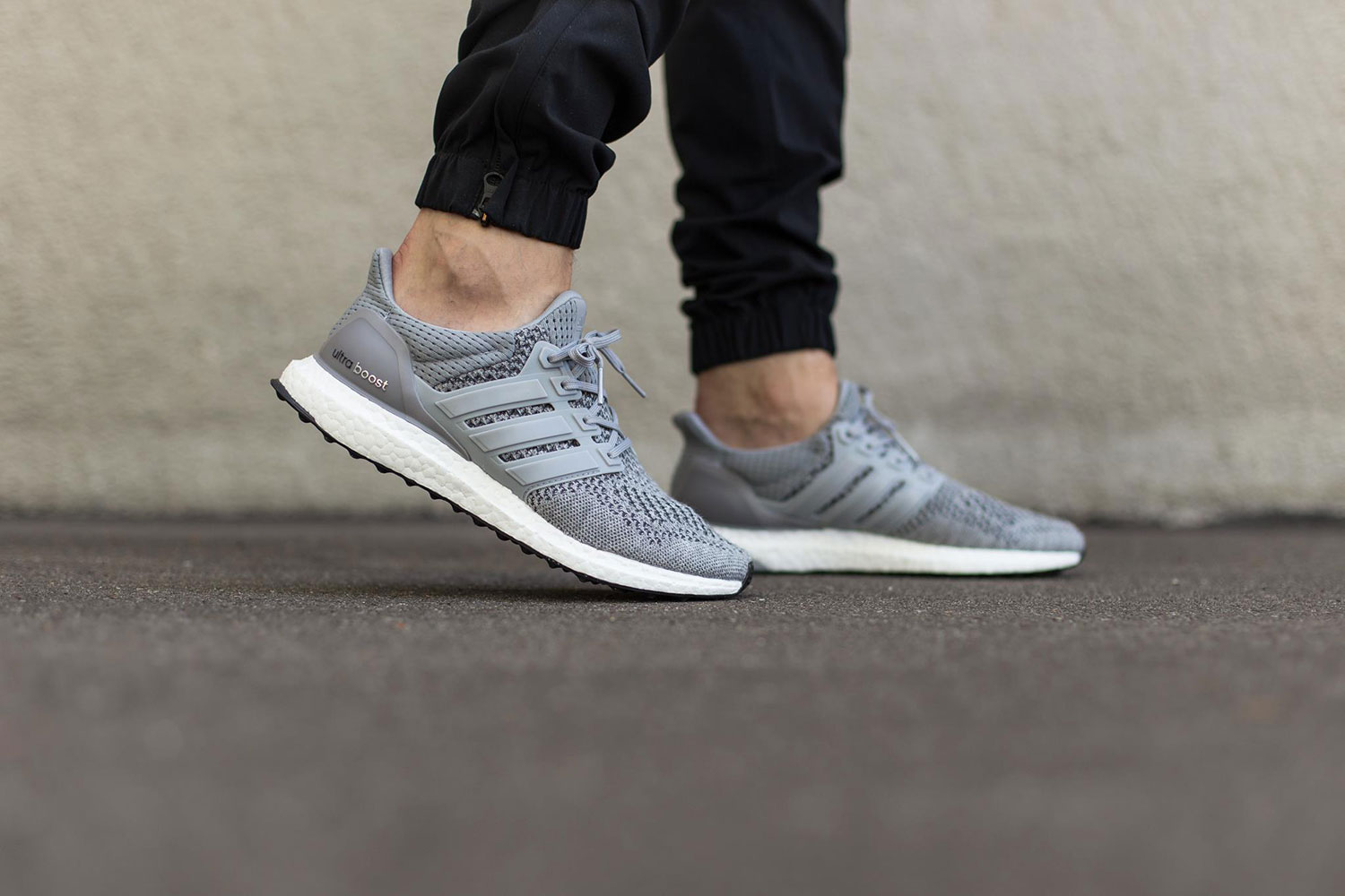 sélection premium 9fb1d fc55f adidas Ultra Boost 'Silver Metallic'