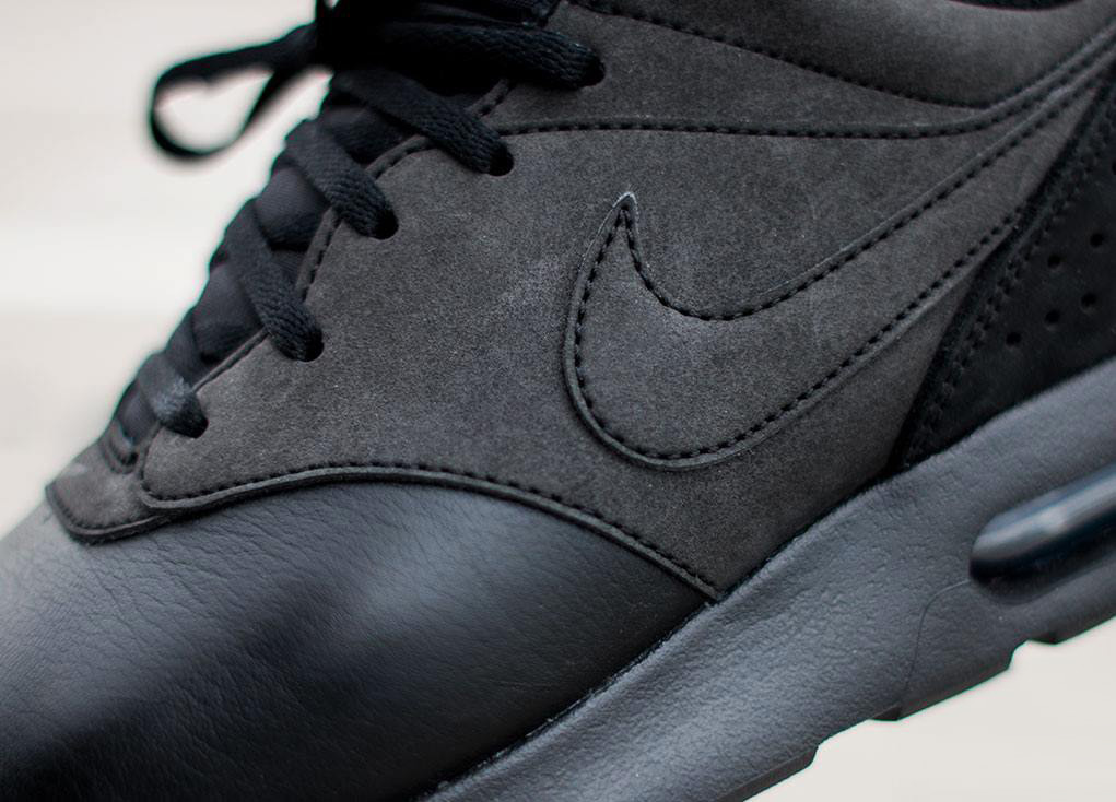 en soldes 29a73 14a34 Nike Air Max Tavas LTR 'Triple Black'