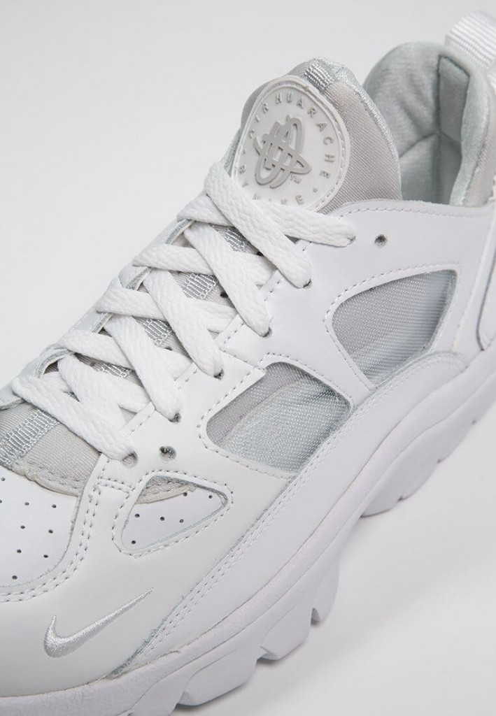 Nike Air Trainer Huarache Low 'Triple White'