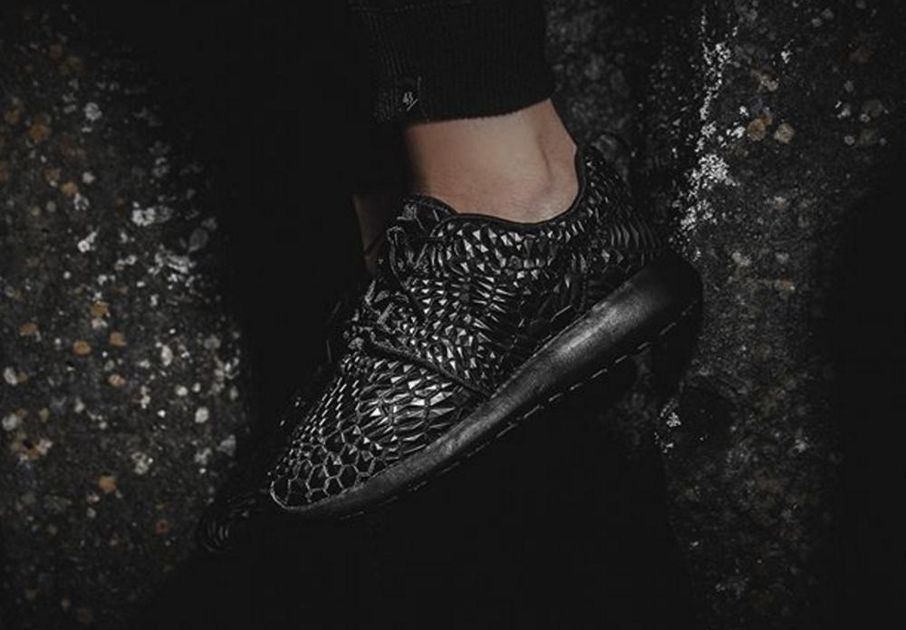 b7f350e4bb86c Nike WMNS Roshe One DMB