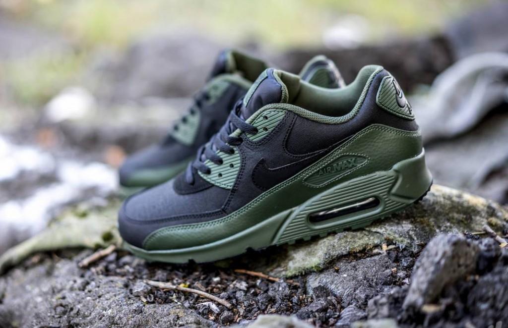 Nike Air Max 90 Winter Premium Carbon Green | SneakerFiles