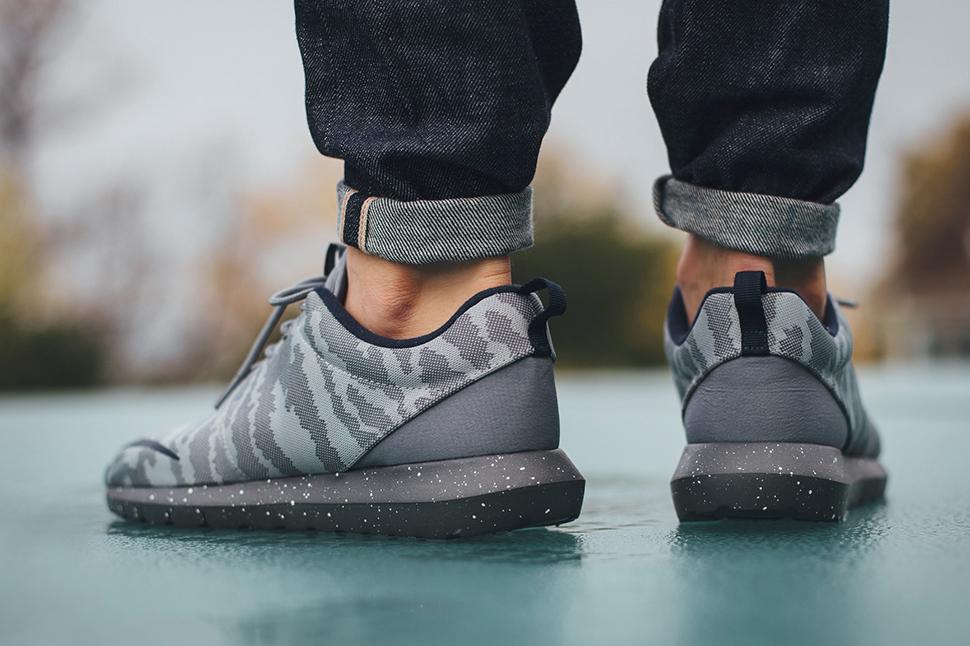 best sneakers 1172a 8da67 nike-roshe-nm-fb-grey-obsidian-camo-685196-