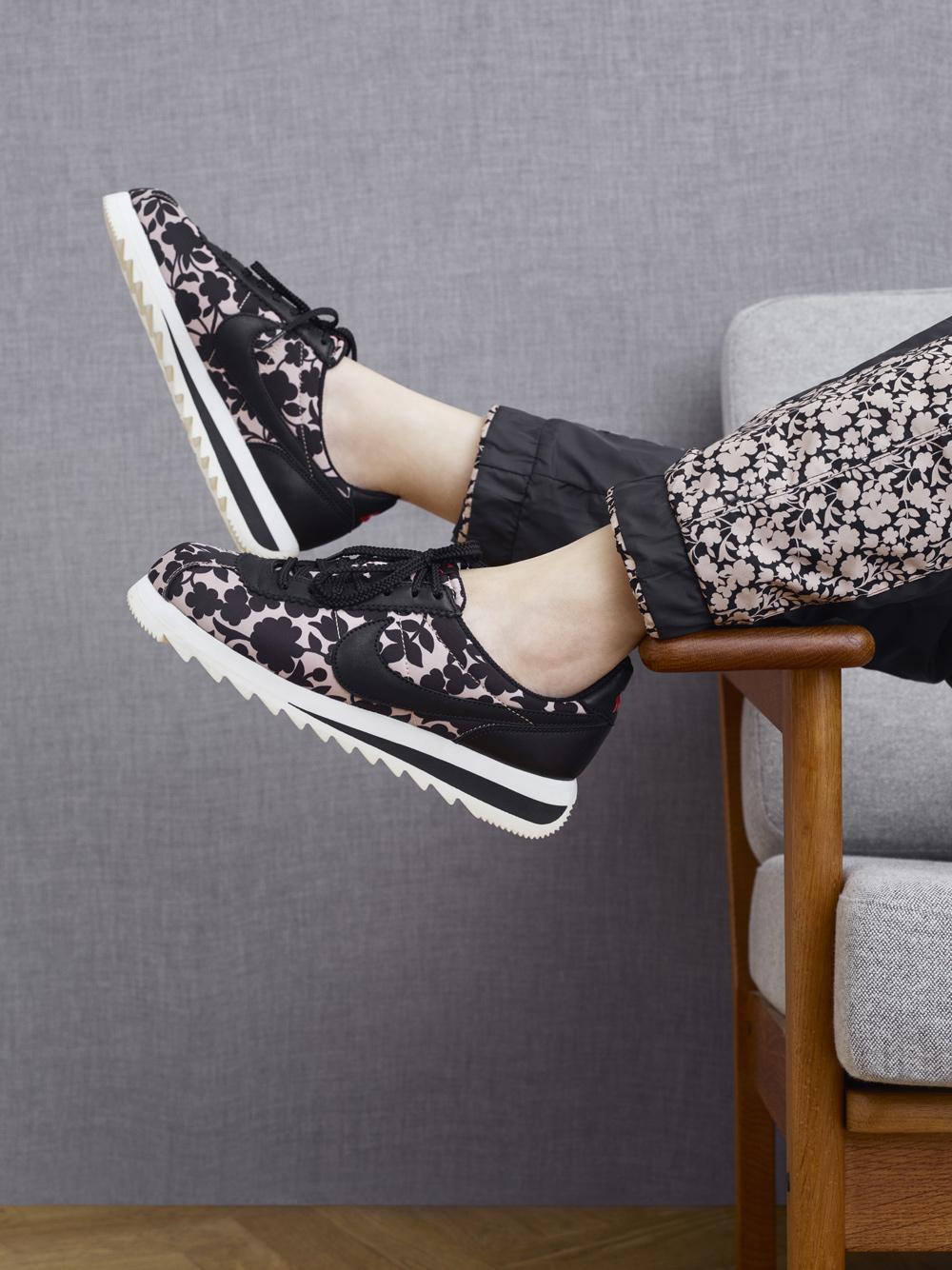on sale 0ab3b 697d0 Liberty of London x Nike WMNS