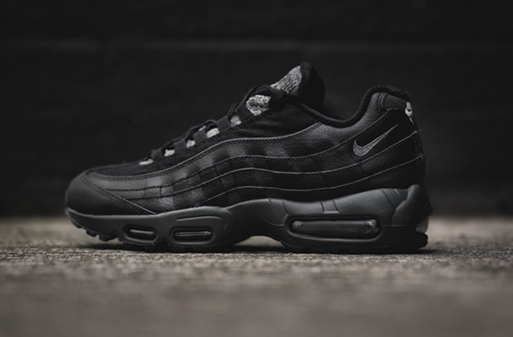 c184c05ed70 Nike Air Max 95 Black Clear Grey - Le Site de la Sneaker