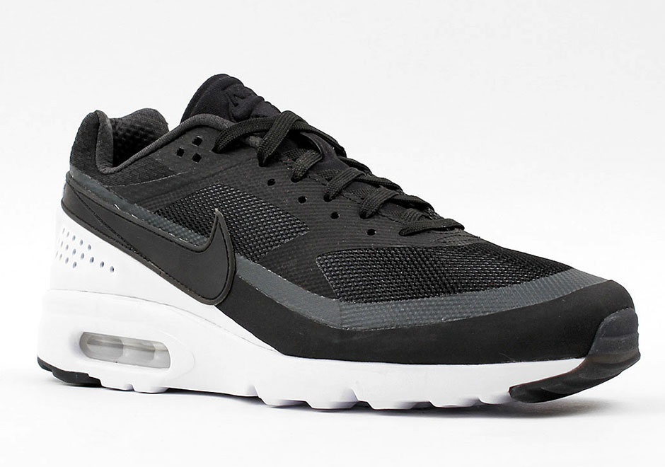 plus de photos 4b8d0 c0be5 Nike Air Classic BW Ultra Black & Red 2016 - Le Site de la ...