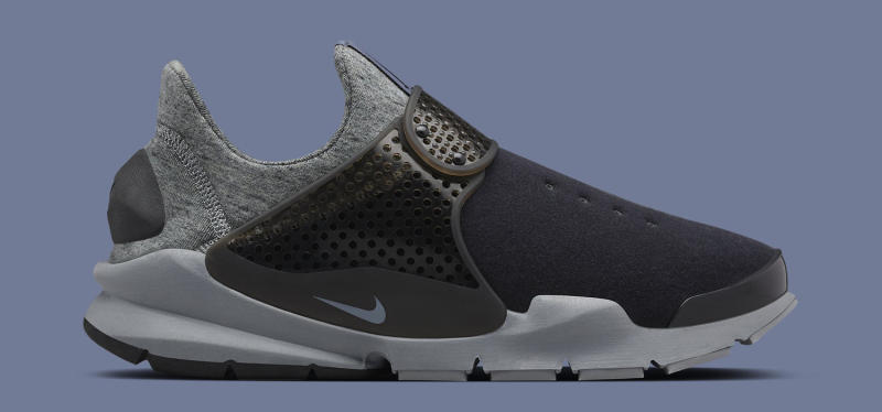 new products bf5fb f1771 nikelab-sock-dart-fleece-black-grey-2