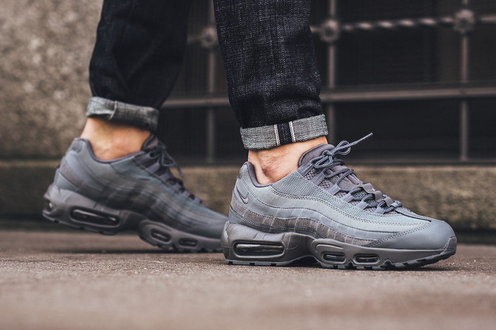 check-out 3b1b9 83012 Nike Air Max 95 Cool Grey