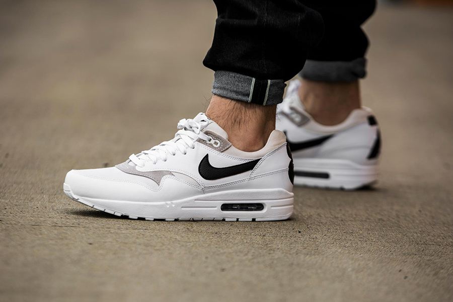 best sneakers b582a 0ed68 nike air max 1 87