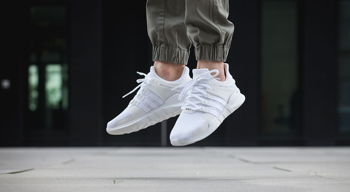 Chaussures Adidas EQT Support blanches