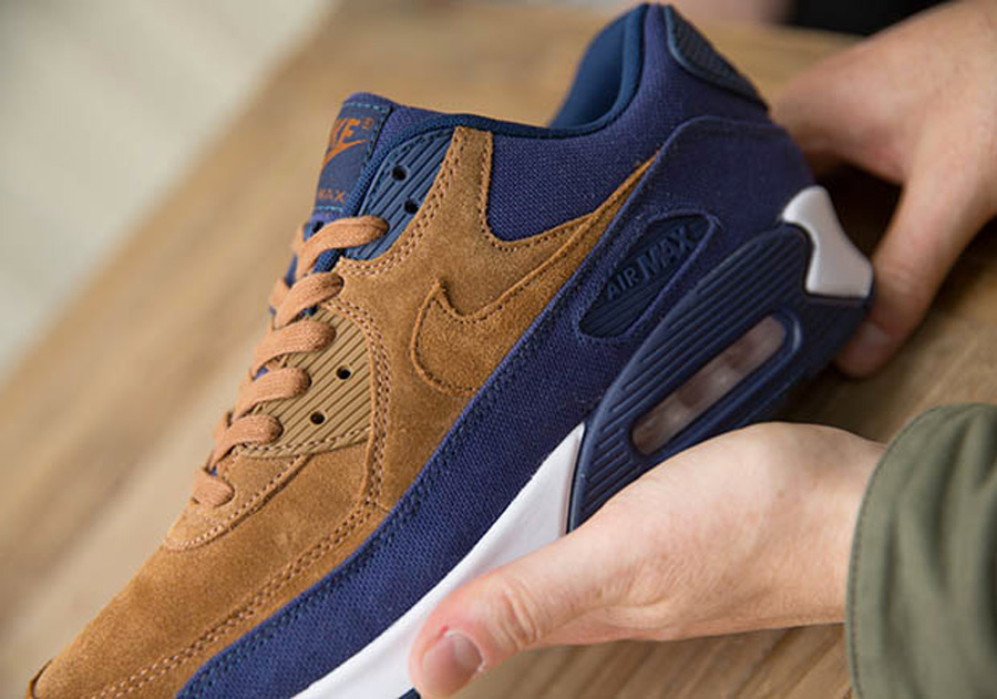 Nike Air Max 90 Ale Brown Suede | HYPEBEAST